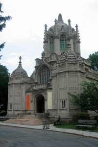 Gothic-revival chapel, Green-Wood Cemetery