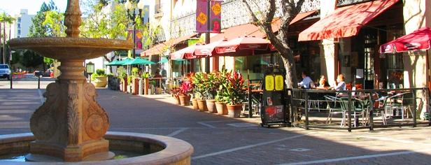 Santa Ana Arts District plaza